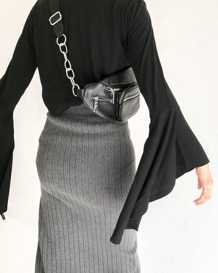 BELL-SLEEVE LONG T-SHIRT