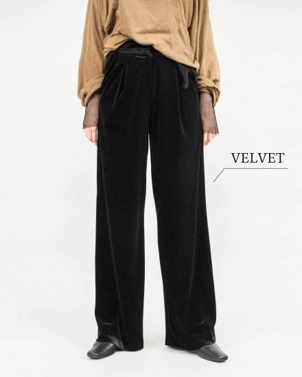 【 NEW 】SMOOTH VELOURS PANTS