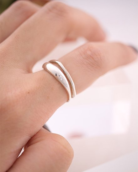 【 NEW 】DOUBLE OVERLAP RING
