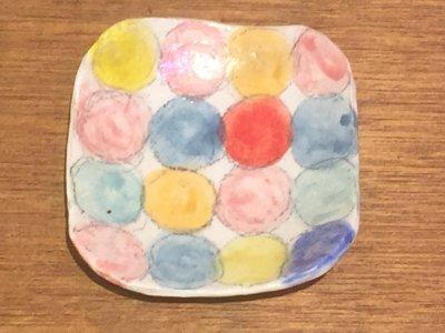 やまぐちあさこさんの粉引カラフルスクエア皿(レインボー)