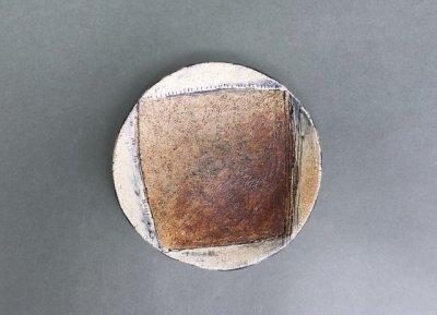 小林幸市さん(山梨)の化粧掻き落とし文様 小皿