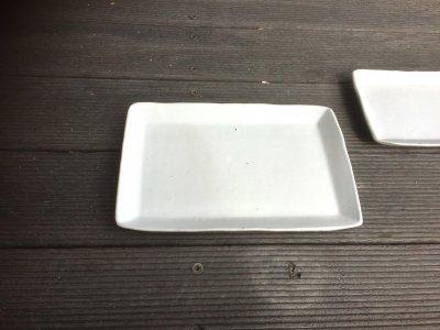 石川哲生さん(三重県)の長角皿 小 白マット 汚れ防止の撥水加工