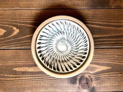 小鹿田焼 ふち重皿 飛び鉋 白 5寸皿(坂本工窯)