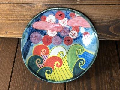 春信工房 波と梅(ピンク色の雲)の色絵皿