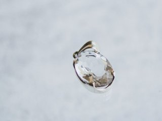 天然石アクセサリーペンダント 水晶 楕円形