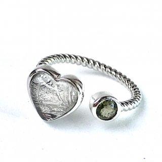 天然石指輪 ギベオンハート型・モルダバイト丸型 フリーサイズ