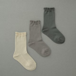 <img class='new_mark_img1' src='//img.shop-pro.jp/img/new/icons8.gif' style='border:none;display:inline;margin:0px;padding:0px;width:auto;' />K-075 Mesh Socks<br>(11-22)