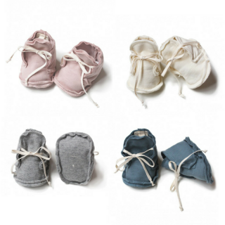 <img class='new_mark_img1' src='//img.shop-pro.jp/img/new/icons14.gif' style='border:none;display:inline;margin:0px;padding:0px;width:auto;' />Gray Label Baby Raw Edged Booties