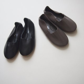 <img class='new_mark_img1' src='//img.shop-pro.jp/img/new/icons20.gif' style='border:none;display:inline;margin:0px;padding:0px;width:auto;' />30%OFF BN flat shoes(black,gray)