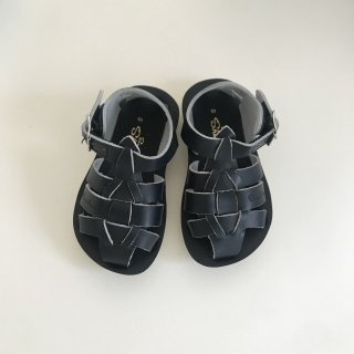 <img class='new_mark_img1' src='https://img.shop-pro.jp/img/new/icons20.gif' style='border:none;display:inline;margin:0px;padding:0px;width:auto;' />20%OFF salt water sandals(ソルトウォーター)Shark / Navy