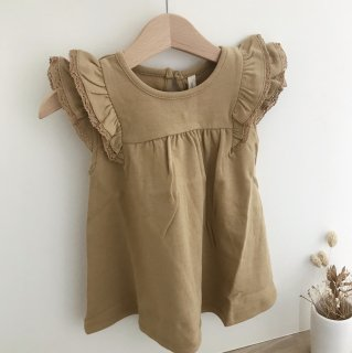 <img class='new_mark_img1' src='https://img.shop-pro.jp/img/new/icons14.gif' style='border:none;display:inline;margin:0px;padding:0px;width:auto;' />19SS Quincy Mae Flutter Dress / Honey