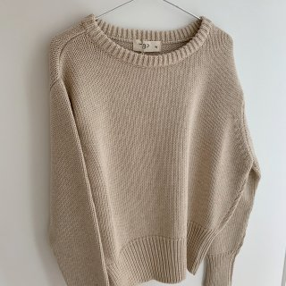 <img class='new_mark_img1' src='https://img.shop-pro.jp/img/new/icons14.gif' style='border:none;display:inline;margin:0px;padding:0px;width:auto;' />THE BIBIO PROJECT<BR>GRANDAD'S SWEATER / STONE