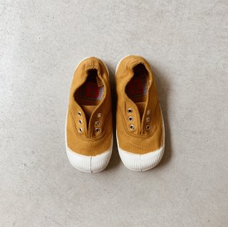 <img class='new_mark_img1' src='https://img.shop-pro.jp/img/new/icons14.gif' style='border:none;display:inline;margin:0px;padding:0px;width:auto;' />Bensimon<BR>Tennis Elly Kids / Ocre
