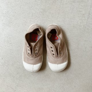 <img class='new_mark_img1' src='https://img.shop-pro.jp/img/new/icons14.gif' style='border:none;display:inline;margin:0px;padding:0px;width:auto;' />Bensimon<BR>Tennis Elly Kids / Egg Shell