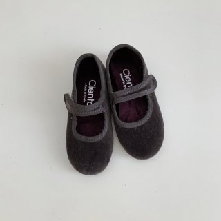 <img class='new_mark_img1' src='https://img.shop-pro.jp/img/new/icons14.gif' style='border:none;display:inline;margin:0px;padding:0px;width:auto;' />Cienta<BR>One-Strap Shoes / Velour Gray