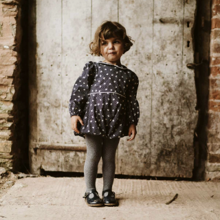 <img class='new_mark_img1' src='https://img.shop-pro.jp/img/new/icons14.gif' style='border:none;display:inline;margin:0px;padding:0px;width:auto;' />19Winter Little Cotton Clothes<BR>Bella Romper / petal floral
