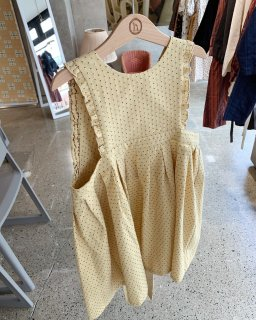 <img class='new_mark_img1' src='https://img.shop-pro.jp/img/new/icons14.gif' style='border:none;display:inline;margin:0px;padding:0px;width:auto;' />himher apron dress / yellow dot