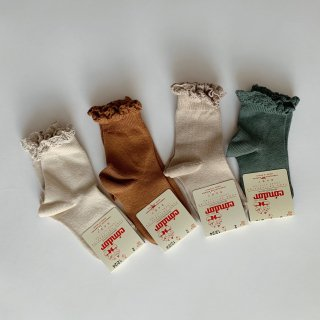 <img class='new_mark_img1' src='https://img.shop-pro.jp/img/new/icons14.gif' style='border:none;display:inline;margin:0px;padding:0px;width:auto;' />condor - short socks with lace cuff