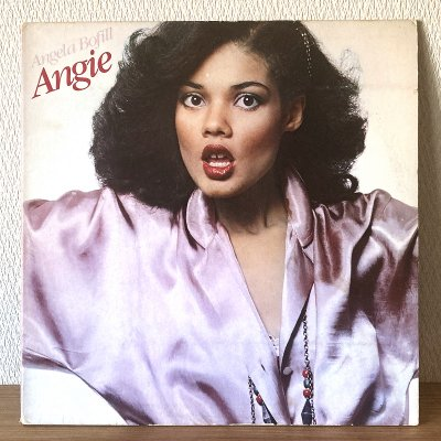 <img class='new_mark_img1' src='https://img.shop-pro.jp/img/new/icons50.gif' style='border:none;display:inline;margin:0px;padding:0px;width:auto;' />Angela Bofill / Angie