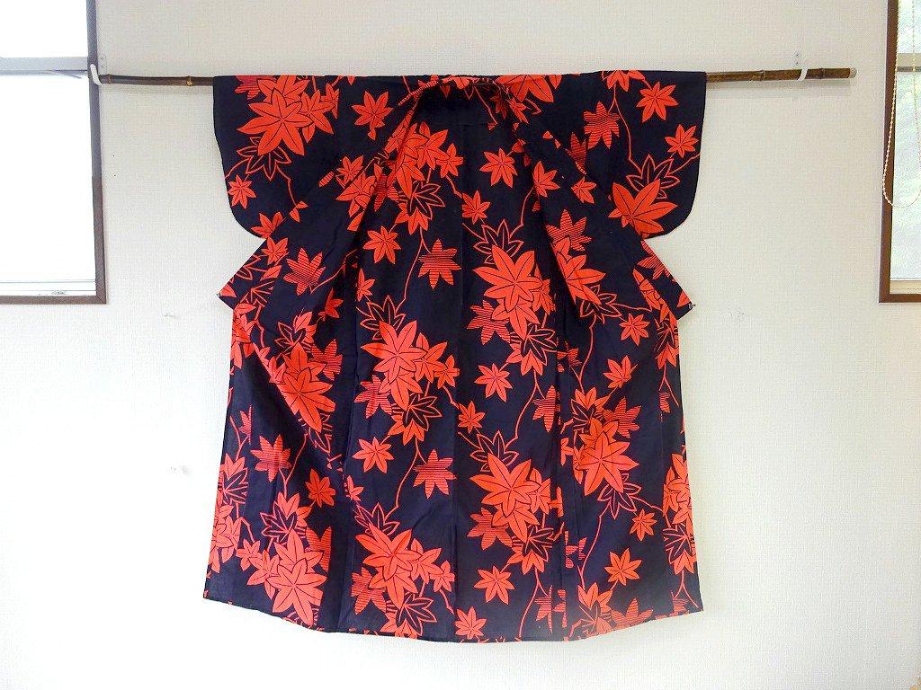 レトロポップな楓柄の注染浴衣 いちりん 日常を ハレ の日に