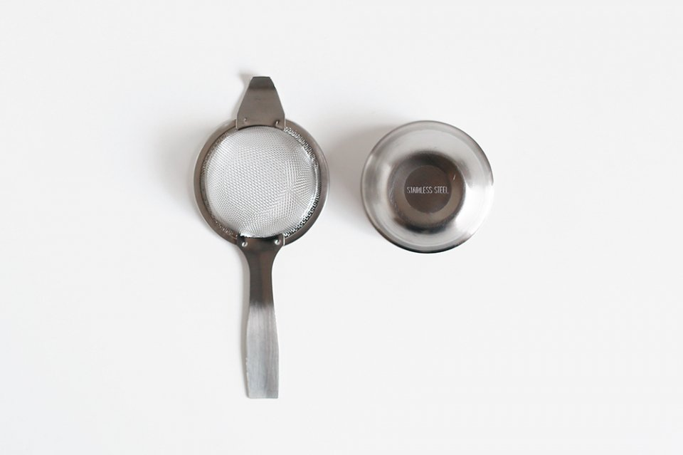 イギリスのティーストレーナー/茶漉し/シングルハンドル