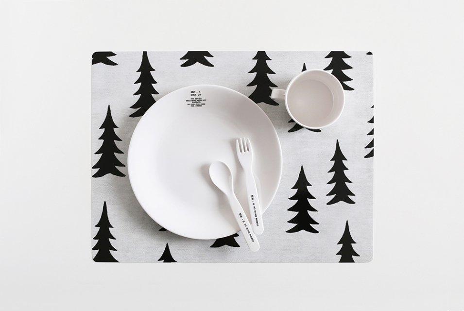 【取り扱い終了】Fine Little Day/モミの木/テーブルマット(ホワイト)