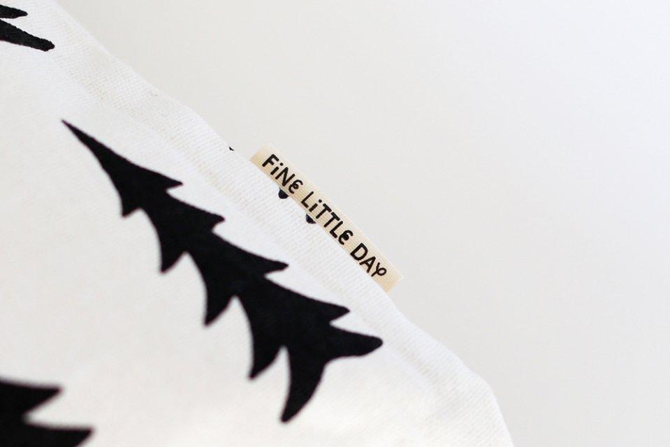 Fine Little Day/モミの木/クッションカバー(ホワイト)
