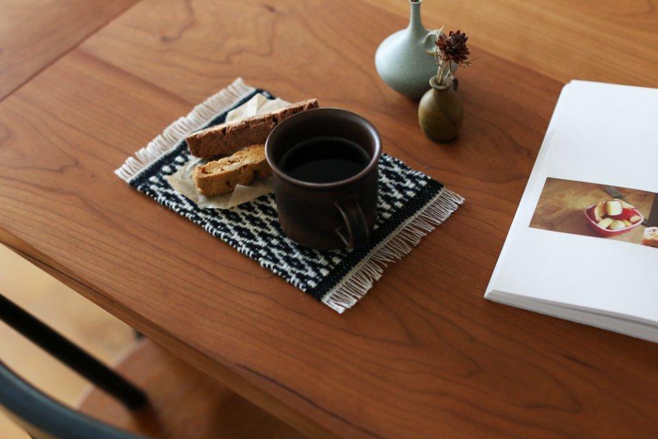 かわちせつこ/ローゼンゴング織りのポットマット(ブラック)