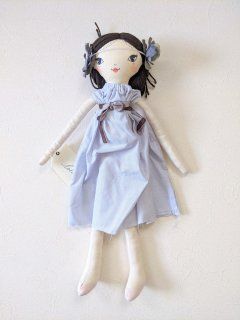 These Little Treasures「Small Lola Doll - Periwinkle Girl (Brunette)」