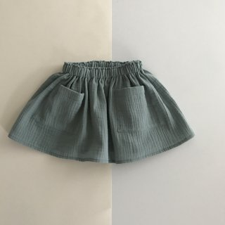 <img class='new_mark_img1' src='//img.shop-pro.jp/img/new/icons23.gif' style='border:none;display:inline;margin:0px;padding:0px;width:auto;' />【20%OFF】liilu「pocket skirt (sage) 2y-4y」2018-SS