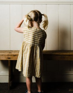 <img class='new_mark_img1' src='//img.shop-pro.jp/img/new/icons14.gif' style='border:none;display:inline;margin:0px;padding:0px;width:auto;' />Little Cotton Clothes「Rosie Dress (Mustard Gingham) 18m-2y-3y-4y」2018-SS