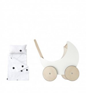 <img class='new_mark_img1' src='//img.shop-pro.jp/img/new/icons14.gif' style='border:none;display:inline;margin:0px;padding:0px;width:auto;' />ooh noo「Toy Pram Bedding - Ladybird」