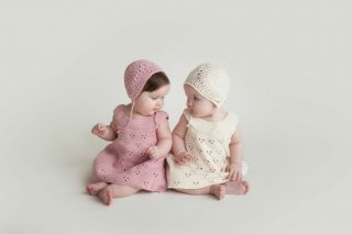 <img class='new_mark_img1' src='//img.shop-pro.jp/img/new/icons14.gif' style='border:none;display:inline;margin:0px;padding:0px;width:auto;' />MIOU KIDS「Lace Bonnet (Cream)」2020-AW