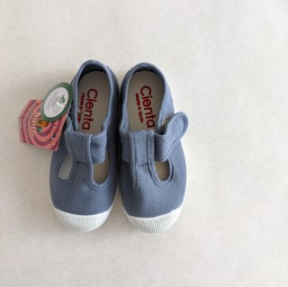 <img class='new_mark_img1' src='//img.shop-pro.jp/img/new/icons14.gif' style='border:none;display:inline;margin:0px;padding:0px;width:auto;' />Cienta「T Strap Shoes (lavenda)」