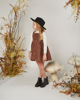 <img class='new_mark_img1' src='//img.shop-pro.jp/img/new/icons14.gif' style='border:none;display:inline;margin:0px;padding:0px;width:auto;' />Rylee and Cru「corduroy pinafore (wine)」2020-AW