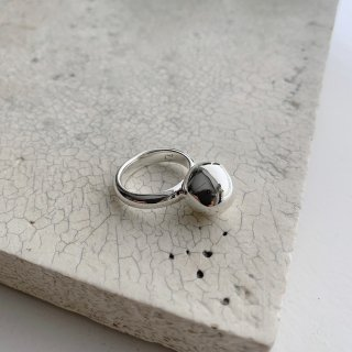 wonky ball ring † silver