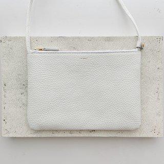 flat shoulder † blanc(9月中旬以降お届け)