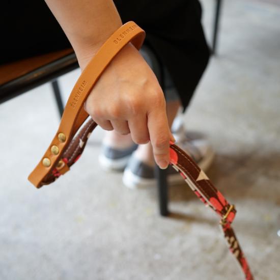 岡山県倉敷の帆布を使用したリード。【BLENHEIM MUUMUU(ピンク)M 】