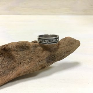Bruce Morgan Navajo  Stamp worked ring 26.5号