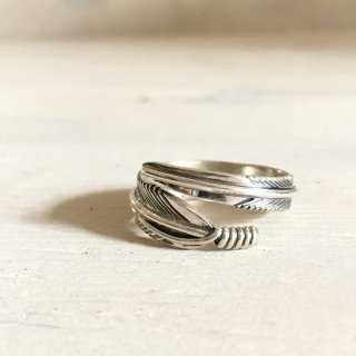 Tanya Tee Mace Navajo Feather Ring 21号
