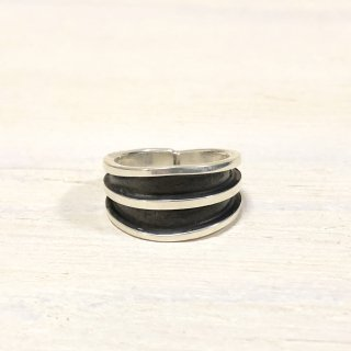 Tom Hawk Navajo double line ring  19号