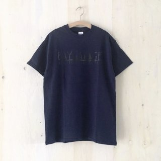 BAY GARAGE Printed T <br> Navy x Black Printed