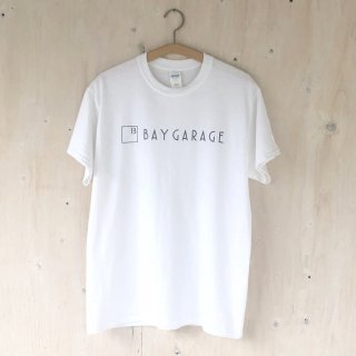 BAY GARAGE Printed T <br>New Logo<br> White x Gray Printed
