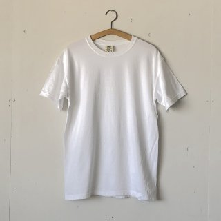 BAY GARAGE Printed T <br>Garment Dye<br> White