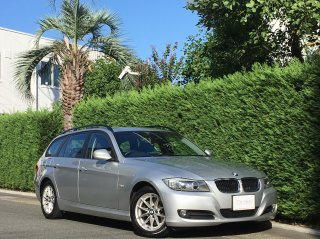 2010 BMW 320i Touring LCI<br/>1 owner <br/>42,000km