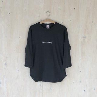 BAY GARAGE <br>3/4 Sleeve Baseball T <br>Sumi Kuro
