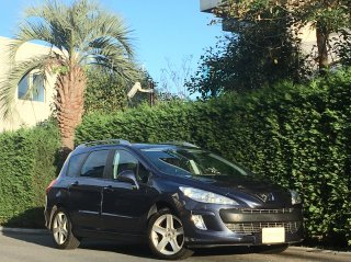 2009 Peugeot 308SW Grif <br/>Leather & Panorama Roof <br/>31,000km