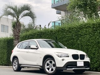 2011 BMW  X1 S-Drive 18i <br/>1 owner High Line pkg<br/>24,000km