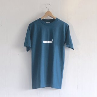 BAY GARAGE 1st aniversary <br>' CRUISE T '<br> Slate Blue x White Printed