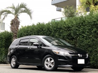 2012 Honda Stream ZS<br/>1 owner / 7passengers<br/>Traded-in